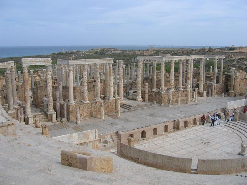 بحث عن الحضارة الرومانية LM_Theatre.jpg